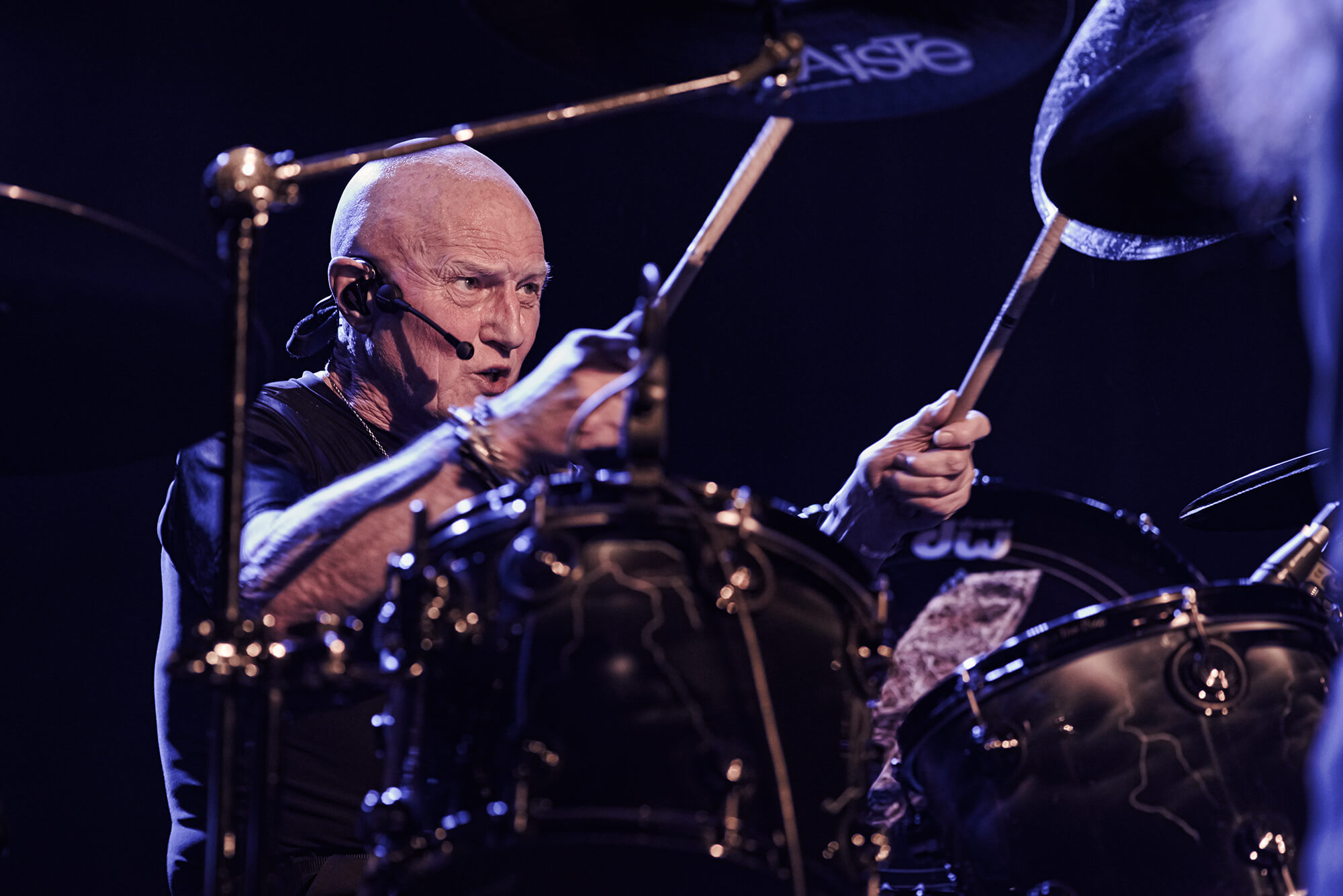 Chris Slade : drums © Régis Lelièvre